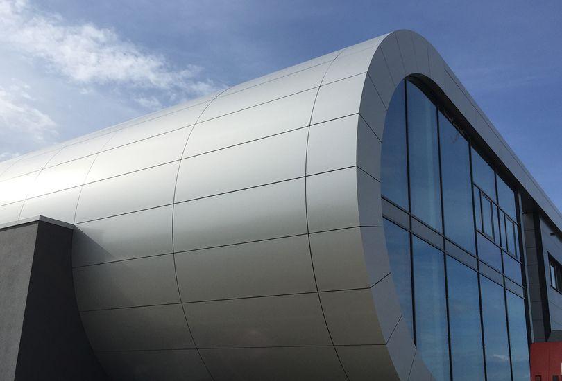 MAHA, Haldenwang, Metallfassade, Verbundalu, Reynobond, Arconic GmbH
