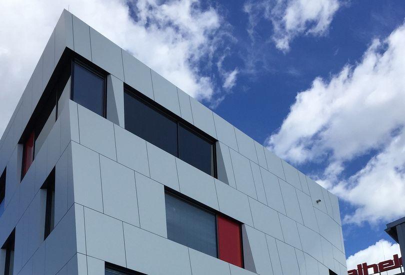 Oelheld, Stuttgart, Metallfassade, Verbundalu, Reynobond, Arconic GmbH