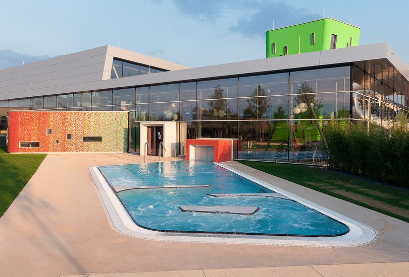 Familien- und Freizeitbad, Fellbach, Fassade, Alucobond, 3 A Composites GmbH