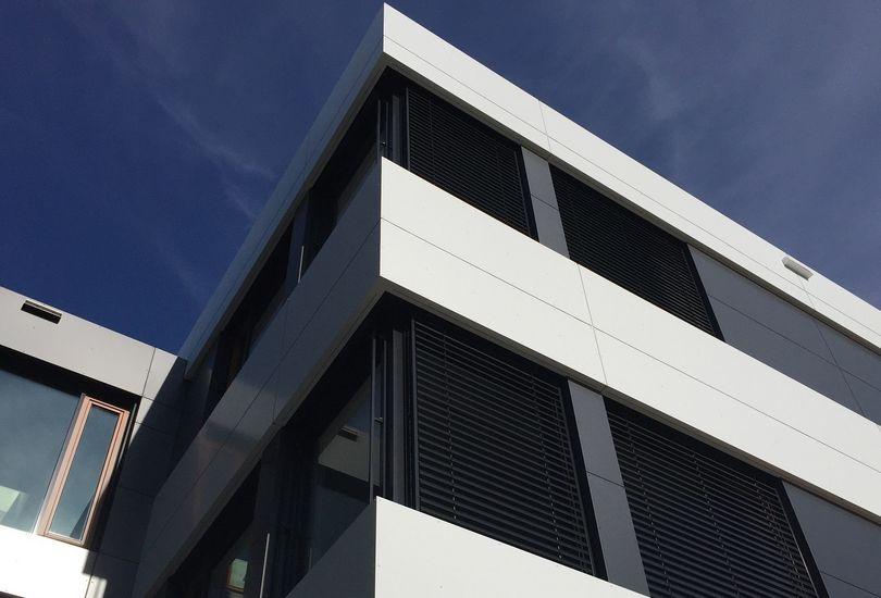 Hiwin, Offenburg, Metallfassade, Verbundalu, Alucobond, 3 A Composites GmbH
