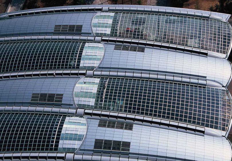 Bild: Gewerbe- und Verwaltungsbau Großaufnahme Lufthansa Aviation Center, Frankfurt am Main